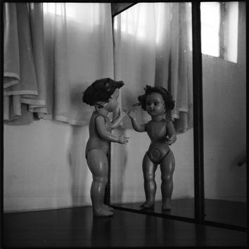 bambola-specchio-1